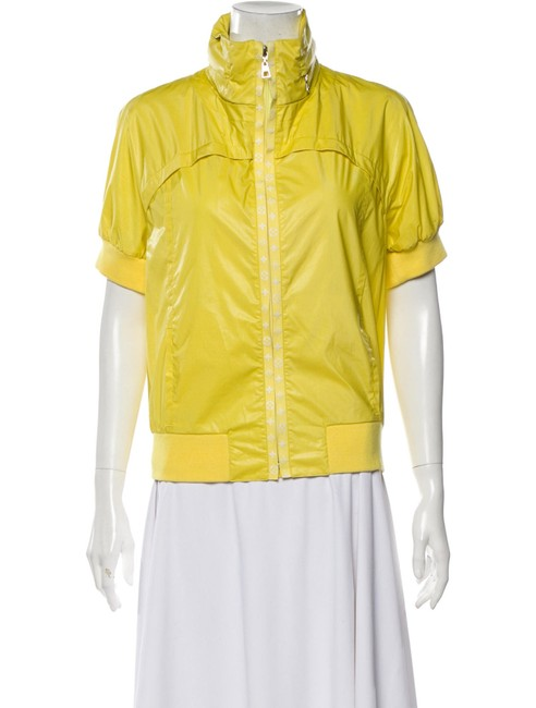 Item - Yellow Stand-up Collar Short-sleeved Jacket Size 4 (S)