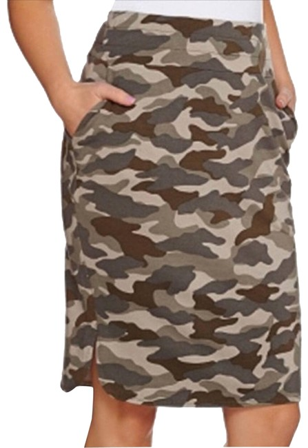 Item - Green Military Lounge Skirt Size 16 (XL, Plus 0x)