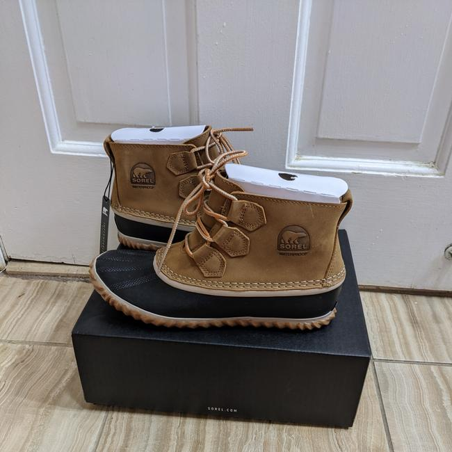 Item - Brown Chestnut Out N About Duck Boots/Booties Size US 7 Regular (M, B)
