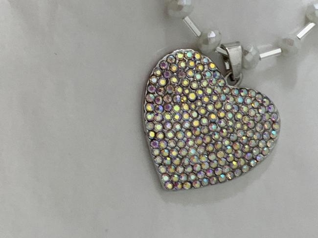 Betsey Johnson Silver Rhinestoned Heart with Swarovski Chain Necklace Betsey Johnson Silver Rhinestoned Heart with Swarovski Chain Necklace Image 6