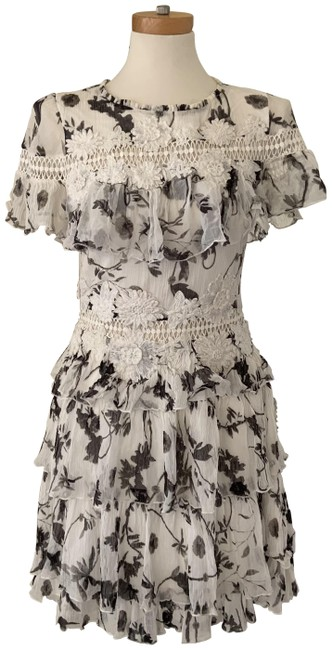 Item - Ivory Paola Embroidered Ruffle Mini Short Casual Dress Size 6 (S)