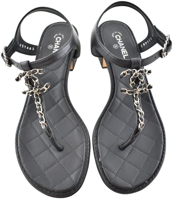 Item - Grey 19k Dark Chain Cc Logo Mule Strap Thong Quilted Heel Flat Sandals Size EU 35.5 (Approx. US 5.5) Wide (C, D)