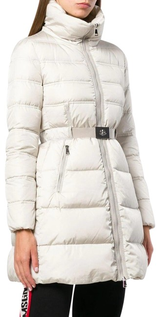 Item - White Accenteur Belted Quilted Down Puffer Coat Size 10 (M)