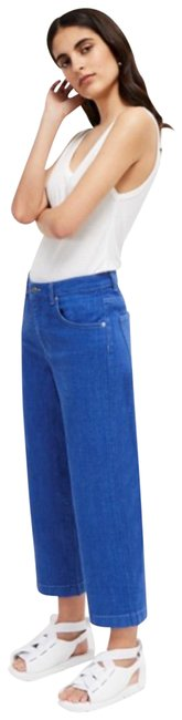 French Connection Blue Capri/Cropped Jeans Size 2 (XS, 26) French Connection Blue Capri/Cropped Jeans Size 2 (XS, 26) Image 1