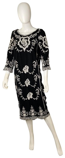 Item - Black & White Embroidered Midi Mid-length Casual Maxi Dress Size 8 (M)