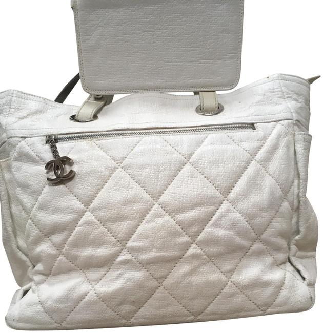 Item - Biarritz Paris Cc with Charm White Lambskin Leather Tote