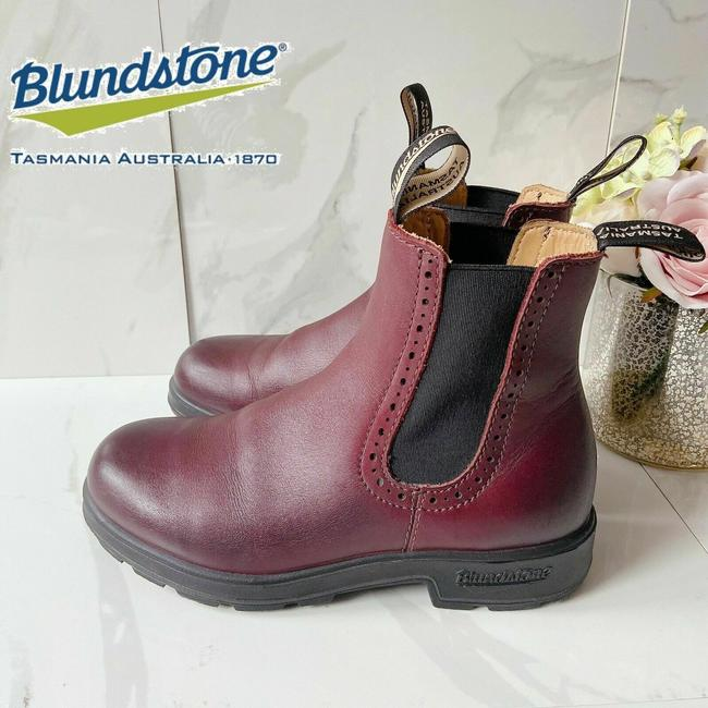 Item - Red 1352 High-top Chelsea Boots/Booties Size US 7 Regular (M, B)