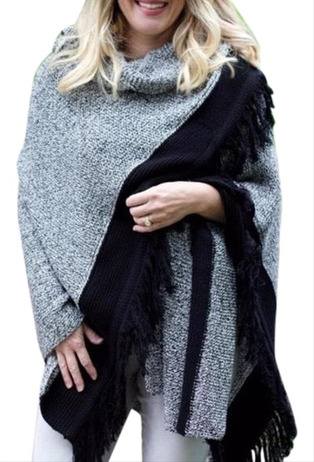 Item - Black Pepper Sweater Shawl Wrap Poncho/Cape Size OS (one size)