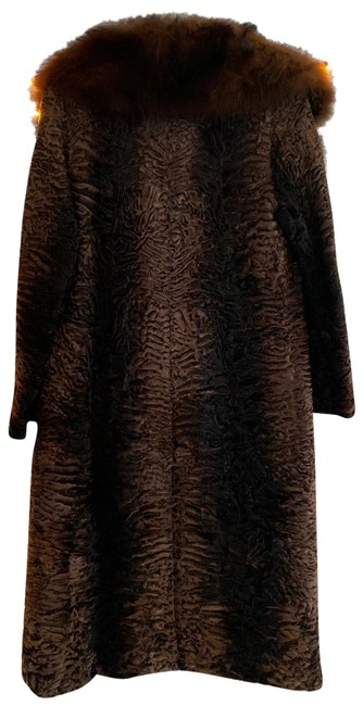 Item - Brown Coat Size 4 (S)