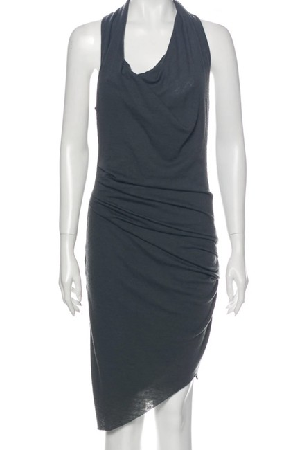 Item - Grey Bare Shoulder Asymmetric Mid-length Night Out Dress Size 4 (S)