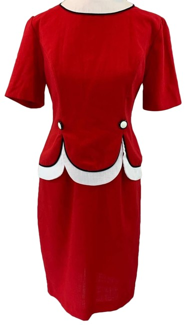 Item - Red Vintage Fitted Classic White Work/Office Dress Size 4 (S)