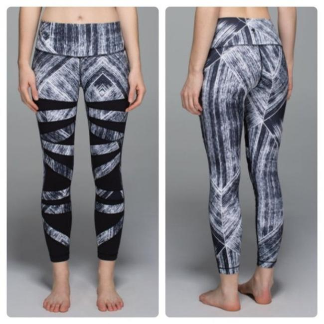 Item - Heat Wave Wight Black High Times Pant Activewear Bottoms Size 2 (XS, 26)