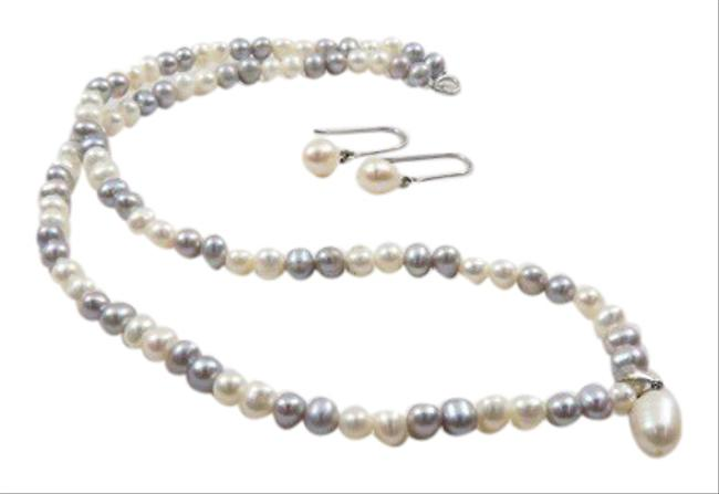 Item - Greys Creams & Silver. Vintage Genuine Pearl Sterling Gift Set