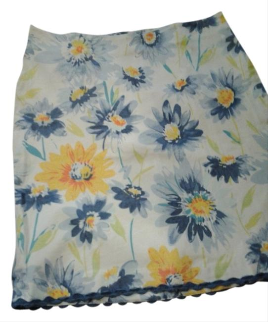 Preload https://item3.tradesy.com/images/christopher-and-banks-white-with-blue-and-yellow-flowers-patrick-knee-length-skirt-size-6-s-28-2843167-0-0.jpg?width=400&height=650