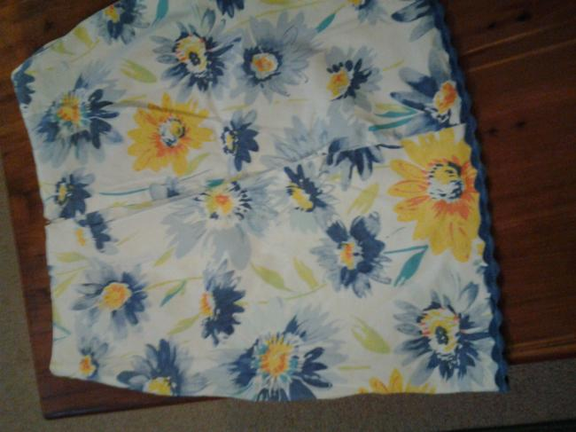 Christopher & Banks Lace Cotton Skirt white with blue and yellow flowers