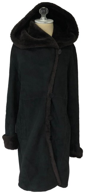 Item - Black and Brown Slim Fitted Hooded Shearling Coat Size 2 (XS)
