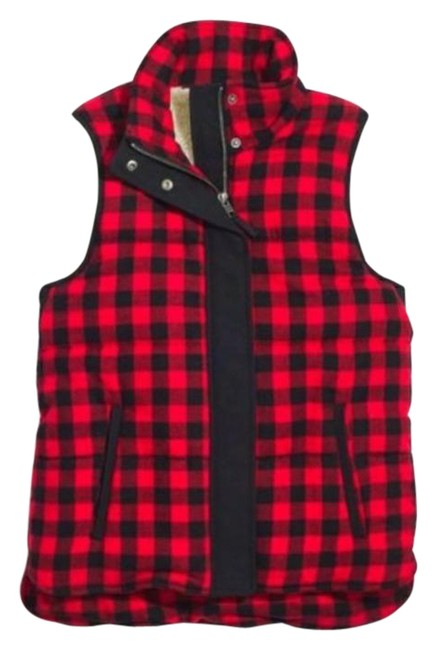 Item - Red The Fireside Plaid Sherpa Lined Vest Size 4 (S)