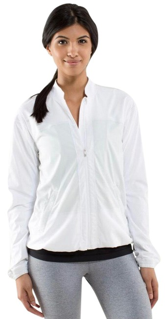 Item - White Off-the-court Activewear Outerwear Size 2 (XS)