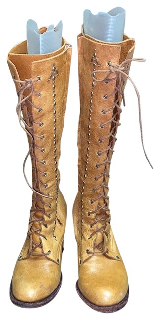 Item - Tan Victorian Lace Knee High Boots/Booties Size US 8 Regular (M, B)