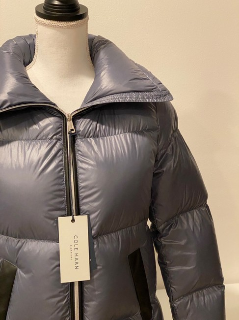 Cole Haan Gray Women's Shimmer Down Jacket Coat Size 4 (S) Cole Haan Gray Women's Shimmer Down Jacket Coat Size 4 (S) Image 2