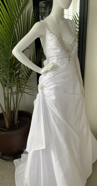 Alfred Angelo White Polyester Gown Rhinestone Embellished By - Traditional Wedding Dress Size 18 (XL, Plus 0x) Alfred Angelo White Polyester Gown Rhinestone Embellished By - Traditional Wedding Dress Size 18 (XL, Plus 0x) Image 2