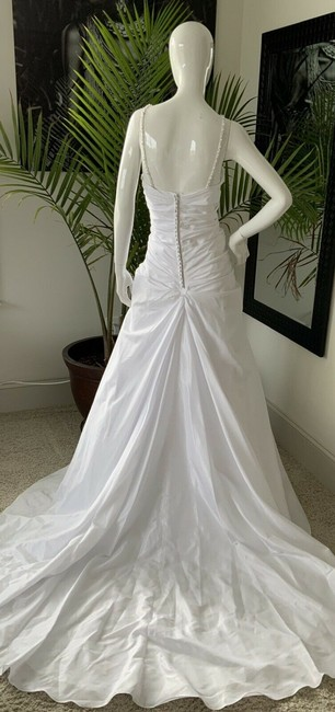 Alfred Angelo White Polyester Gown Rhinestone Embellished By - Traditional Wedding Dress Size 18 (XL, Plus 0x) Alfred Angelo White Polyester Gown Rhinestone Embellished By - Traditional Wedding Dress Size 18 (XL, Plus 0x) Image 9