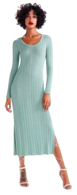 Item - Green Sparkle Long Sleeve Midi M Mid-length Night Out Dress Size 8 (M)