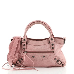 Item - First Classic Studs Pink Leather Satchel
