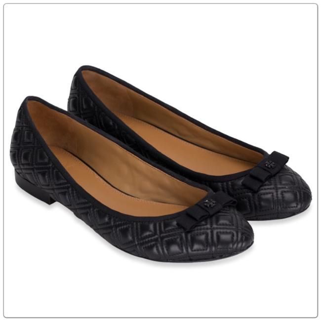 Item - Black Quilted Flats Size US 7 Regular (M, B)