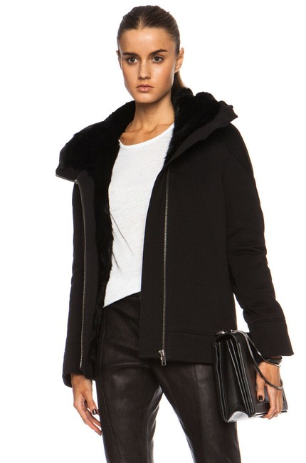 Item - Black Magna with Fur Lining Women's Jacket Size 2 (XS)