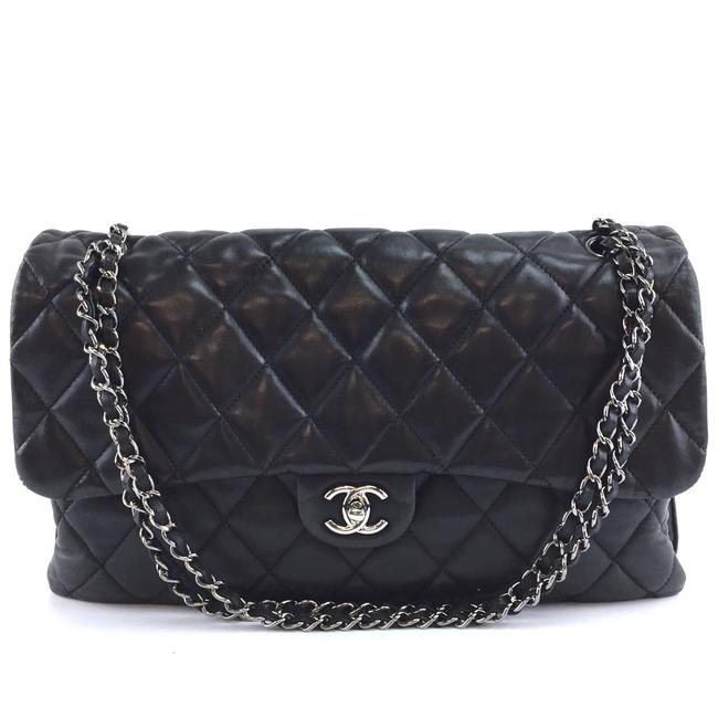 Item - Classic XL #40619 Single Flap Cc Quilted 3 Compartment Rare Black with Silver Hardware Lambskin Leather Shoulder Bag
