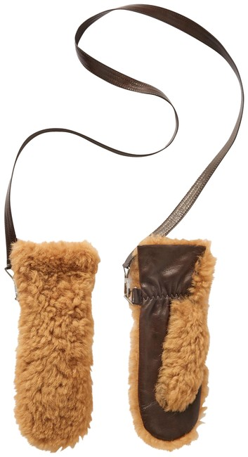 Item - Camel Shearling and Leather Mittens Size 6.5