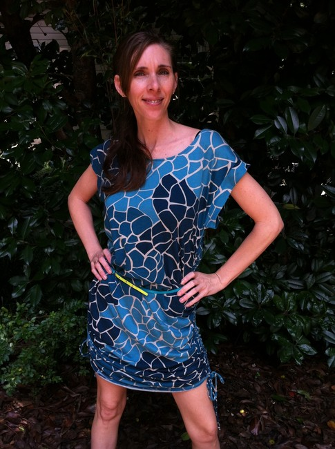 Preload https://item5.tradesy.com/images/new-york-and-company-multi-blues-turquoise-above-knee-short-casual-dress-size-4-s-284509-0-0.jpg?width=400&height=650