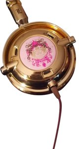 Juicy Couture juicy couture skull-candy headphones