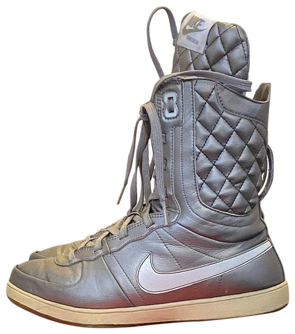 Nike Gold Retro High Top Boots/Booties Size US 7 Regular (M, B) Nike Gold Retro High Top Boots/Booties Size US 7 Regular (M, B) Image 1