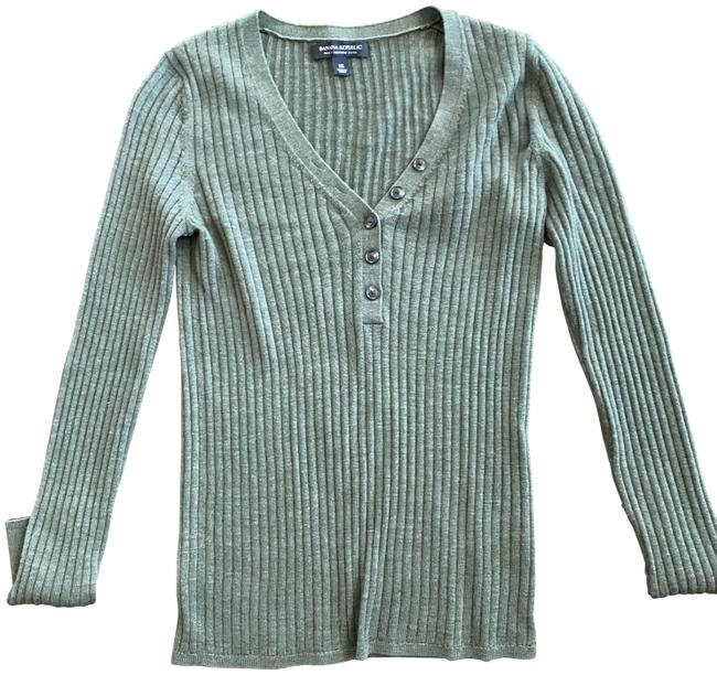 Item - Ribbed Green Sweater