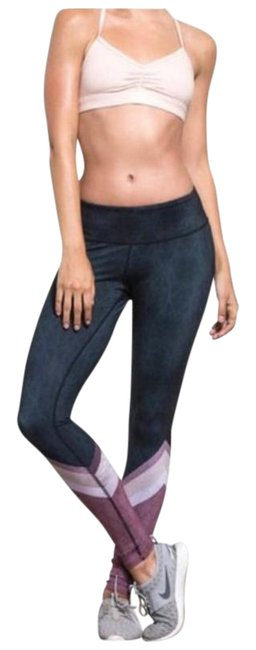 Item - Charcoal Gray / Pink Tree Lace Airbrush Activewear Bottoms Size 2 (XS, 26)