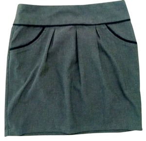 Charlotte Russe Size 2 Skirt gray