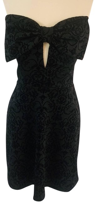 Item - Black Velvet and Bow Vintage Look Night Out Dress Size 8 (M)