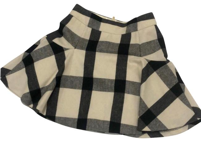 Item - Black Beige Plaid Flare Skirt Size 00 (XXS, 24)