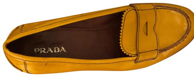 Item - Yellow Loafer Flats Size EU 40 (Approx. US 10) Regular (M, B)