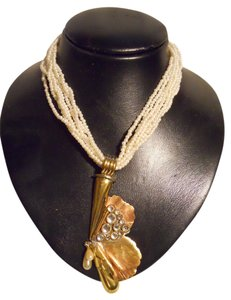 unknown brass & copper pendant faux pearl necklace