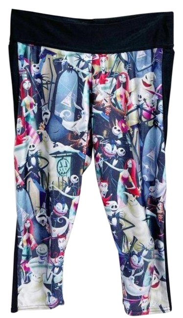 Item - Multicolor Nightmare Before Christmas Cropped Capri Leggings with Pockets Activewear Bottoms Size 8 (M, 29, 30)