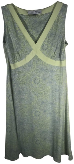 Item - Green Mid-length Short Casual Dress Size 4 (S)