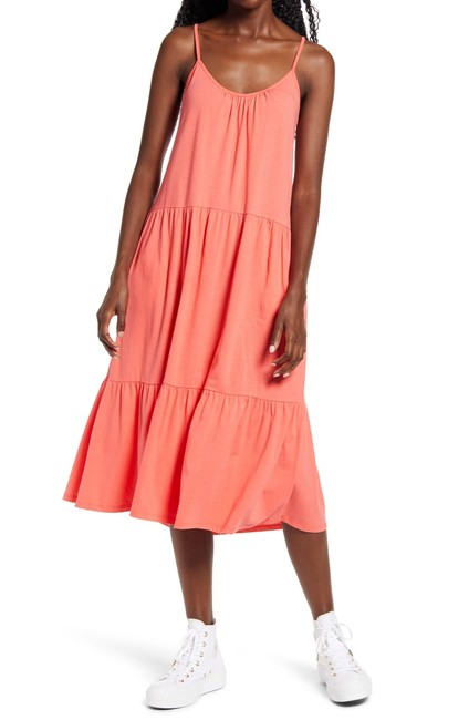 Item - Coral Jersey All In Favor Tiered Midi In Medium Mid-length Casual Maxi Dress Size 8 (M)
