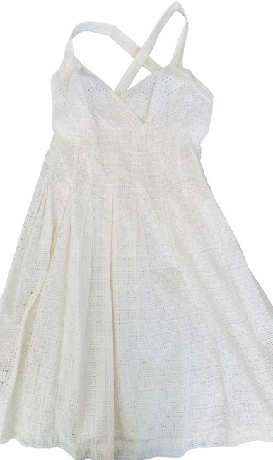 Item - Off White Pattern That Enhances The Fabric Short Casual Dress Size 6 (S)