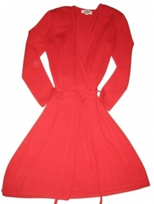 Preload https://item1.tradesy.com/images/st-john-red-knits-knit-knee-length-workoffice-dress-size-4-s-28475-0-0.jpg?width=400&height=650