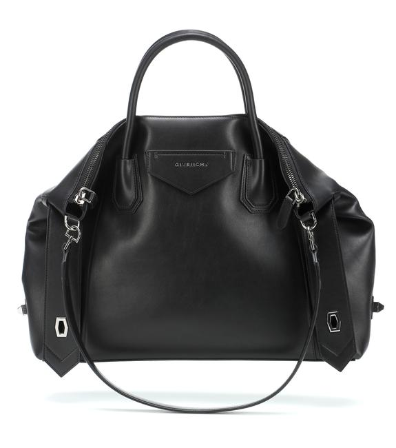 Item - Medium Soft Smooth Antigona Black Calfskin Leather Tote