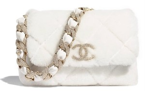 Item - Classic New Last-chance 20k Strass Lambskin Flap with Gold-tone Metal Hardware As2240 White Shearling Wool Shoulder Bag