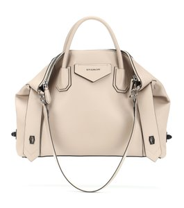 Item - Medium Soft Smooth Antigona Nude Calfskin Leather Tote